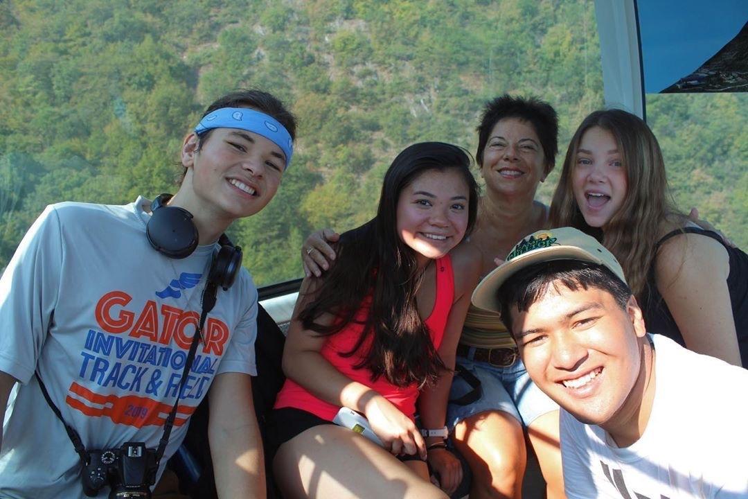 Hikaru Group Hike