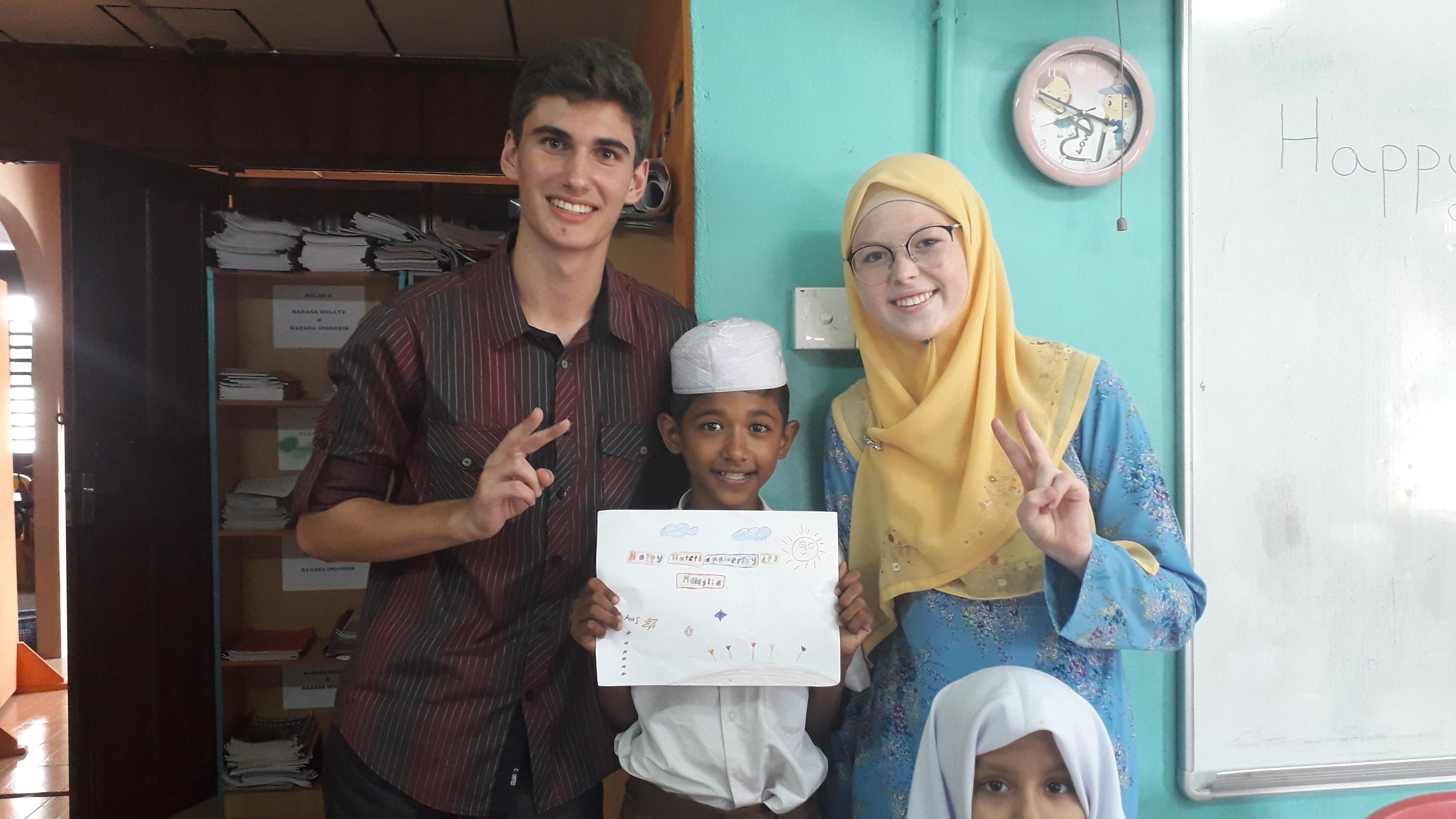 Mas Hart Corey Volunteering W Rohingya 2